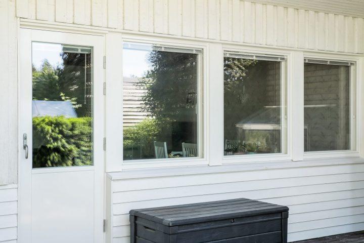Esimerkki ikkunaremontin hinnasta.
