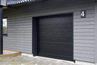 Autotallin ovi_Tiivi