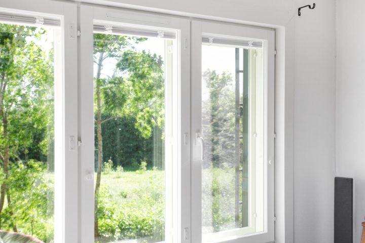 Hyvä mökki-ikkuna tarjoaa monia hyötyjä.