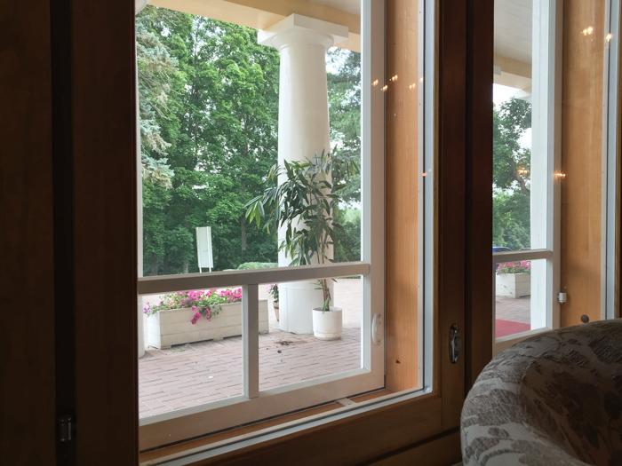 Vanhan arvotalon ikkunaremontti