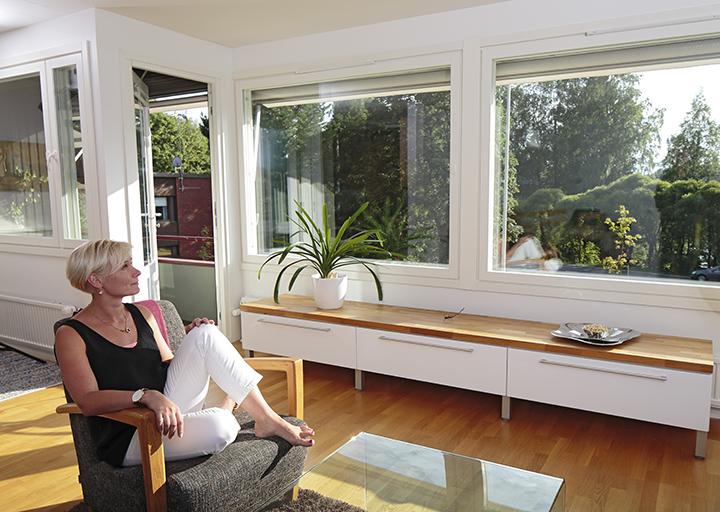 Tiivi Kristalli-mallistossa on piilosaranat, jotka mahdollistavat entistä suurempien ikkunoiden valmistamisen.